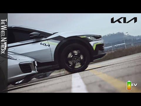 The new Kia EV6 GT – Supercar Drag Race