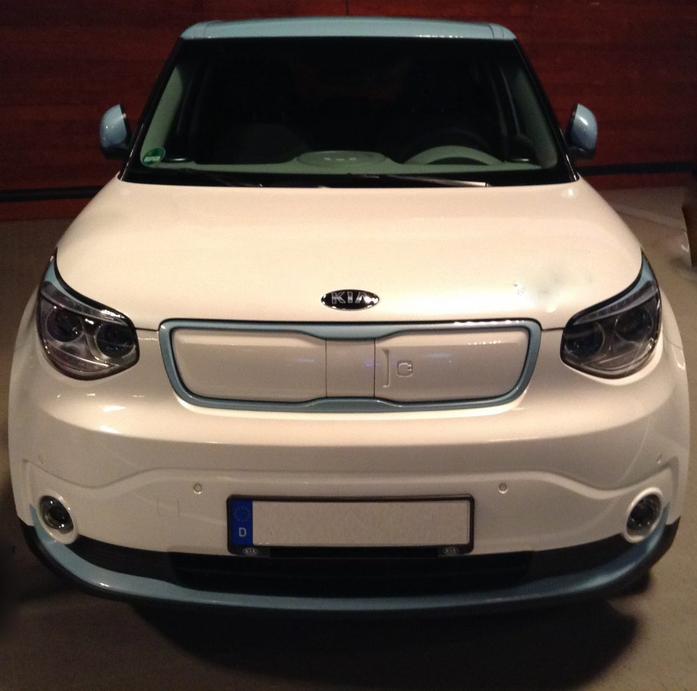 Kia Soul EV 30kWh Play mit P1- Komfort-Paket