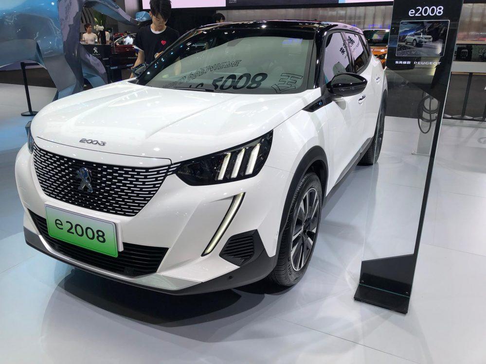 Peugeot e-2008 ACTIVE inkl. Bafa Förderung. Lieferung und Zulassung sind Optional möglich.
