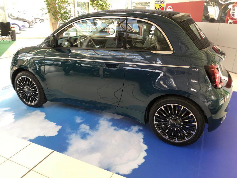 Fiat 500e ICON Limousine 87kW 42kWh 19%MwSt.